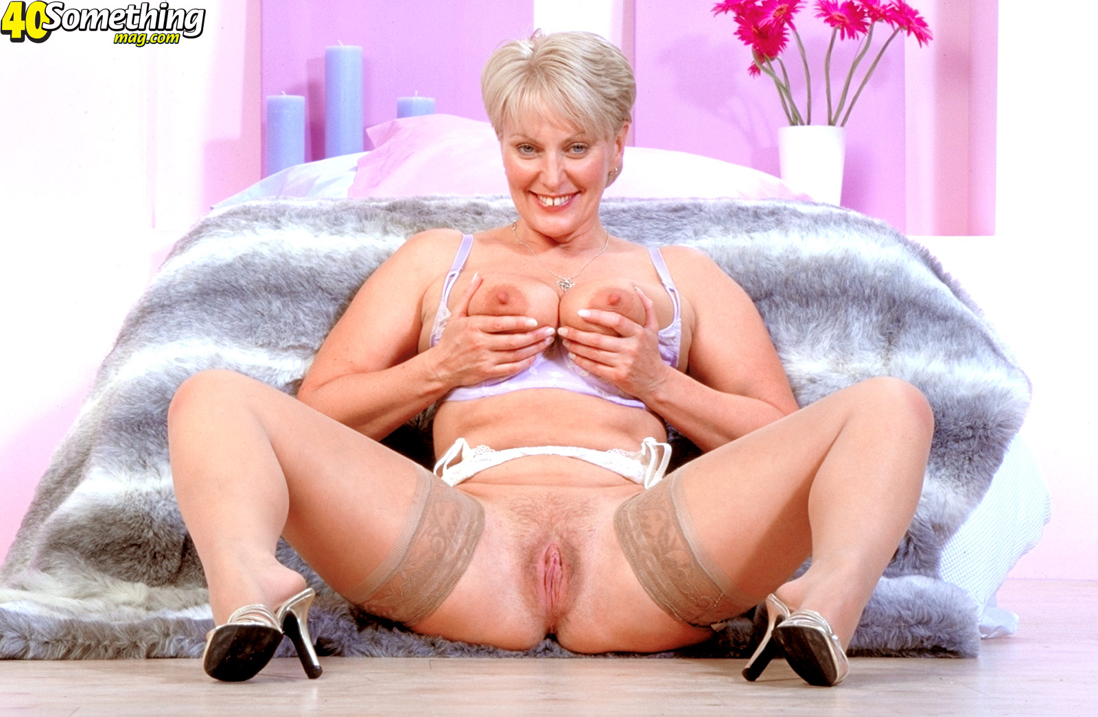 Que beauty milf mature blow dudes