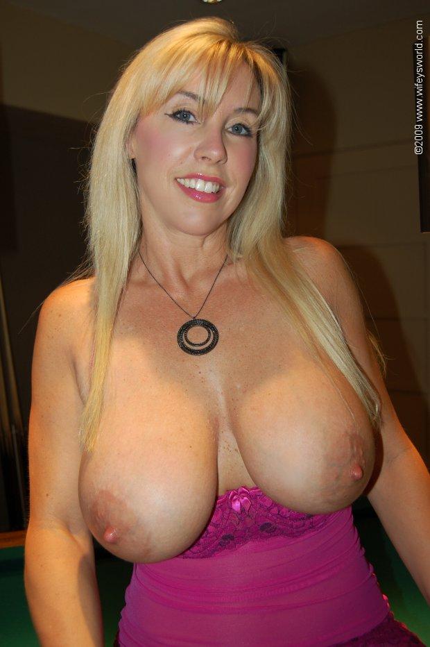 Big Tits Wifey World